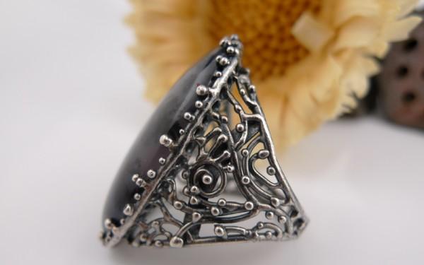 デントリティック アメジストの指輪の画像